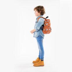 Stoere Jongen met een Schooltas